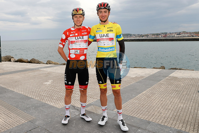 Team mates Polka Dot Jersey Tadej Pogacar (SLO) and race leader Yellow Jersey Brandon McNulty (USA) UAE Team Emirates before the start of Stage 5 of the Itzulia Basque Country 2021, running 160.2km from Hondarribia to Ondarroa, Spain. 9th April 2021.  <br /> Picture: Luis Angel Gomez/Photogomezsport | Cyclefile<br /> <br /> All photos usage must carry mandatory copyright credit (© Cyclefile | Luis Angel Gomez/Photogomezsport)