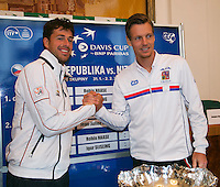30-01-2014,Czech Republic, Ostrava, Cez Arena, Davis Cup, Czech Republic vs Netherlands, draw, city hall, sunday's first match: Robin Haase (NED) vs Tomas Berdych (CHE)<br /> Photo: Henk Koster