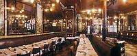 """Europe/France/Ile-de-France/Paris: """"BELLE-EPOQUE"""" - Brasserie """"Lipp"""" 111 boulevard Saint-Germain [Non destiné à un usage publicitaire - Not intended for an advertising use] [Non destiné à un usage publicitaire - Not intended for an advertising use]<br /> PHOTO D'ARCHIVES // ARCHIVAL IMAGES<br /> FRANCE 1990"""