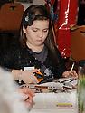 14/12/2010   Copyright  Pic : Lisa Ferguson / JSP.009_christmas_seminar_2010  .::  FALKIRK COUNCIL ::  LITTER STRATEGY :: CHRISTMAS SEMINAR 2010 :: CHRISTMAS DECORATIONS ARE MADE FROM LITTER ::.
