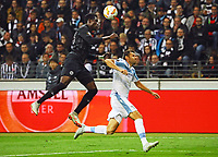 Danny da Costa (Eintracht Frankfurt) klaert gegen Senad Lulic (Lazio Rom) - 04.10.2018: Eintracht Frankfurt vs. Lazio Rom, UEFA Europa League 2. Spieltag, Commerzbank Arena, DISCLAIMER: DFL regulations prohibit any use of photographs as image sequences and/or quasi-video.