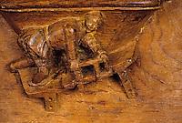 """Europe/France/Auvergne/63/Puy-de-Dôme/Besse-en-Chandesse: Intérieur de l'église Saint-André (architecture romane) - Détail stalles """"Scène métier"""""""