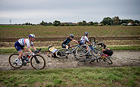 crash<br /> <br /> Inaugural Paris-Roubaix Femmes 2021 (1.WWT)<br /> One day race from Denain to Roubaix (FRA)(116.4km)<br /> <br /> ©kramon
