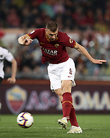 Football, Serie A: AS Roma - Parma, Olympic stadium, Rome, May 26, 2019. <br /> Roma's Edin Dzeko in action during the Italian Serie A football match between Roma and Parma at Olympic stadium in Rome, on May 26, 2019.<br /> UPDATE IMAGES PRESS/Isabella Bonotto