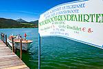 Deutschland, Bayern, Oberbayern, Tegernseer Tal, Stadt Tegernsee: Ablegestelle fuer individuelle Seerundfahrten im kleinen Motorboot | Germany, Bavaria, Upper Bavaria, Tegernseer Valley, Tegernsee at Lake Tegern: landig stage for individual sightseeing boat trips