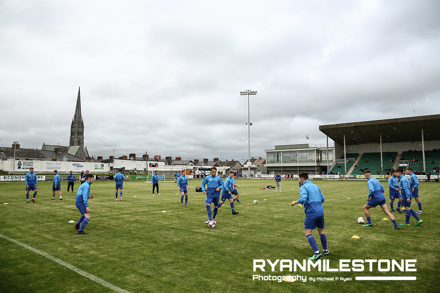 Limerick players during the warm up ahead of the SSE Airtricity League Premier Division game between Limerick FC and Dundalk FC on Friday 31st August 2018 at Markets Field, Limerick. Photo By Michael P Ryan