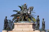 France/Corse/Corse-du-Sud/2A/Ajaccio: Napoléon et ses frères par Viollet-le-Duc sur la place du Diamant, aujourd'hui place du Général-de-Gaulle - Statut couverte de bronze installée en 1855
