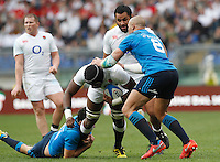 Rugby, Torneo delle Sei Nazioni: Italia vs Inghilterra. Roma, 14 febbraio 2016.<br /> England's Maro Itoie in action during the Six Nations rugby union international match between Italy and England at Rome's Olympic stadium, 14 February 2016.<br /> UPDATE IMAGES PRESS/Riccardo De Luca