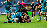 21st August 2020; Ricoh Arena, Coventry, West Midlands, England; English Gallagher Premiership Rugby, Wasps versus Worcester Warriors; Jack Willis of Wasps holds on the the ball on the pitch as he is tackled by Will Butler of Worcester Warriors during the Gallagher Premiership Rugby match between Wasps and Worcester Warriors