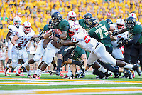 Baylor running back Shock Linwood (32) rushes in for a touchdown during first half of NCAA inaugural Football game at newly constructed McLean Stadium, Sunday, August 31, 2014 in Waco, Tex. Baylor leads SMU 31-0 in the first half. (Mo Khursheed/TFV Media via AP Images)