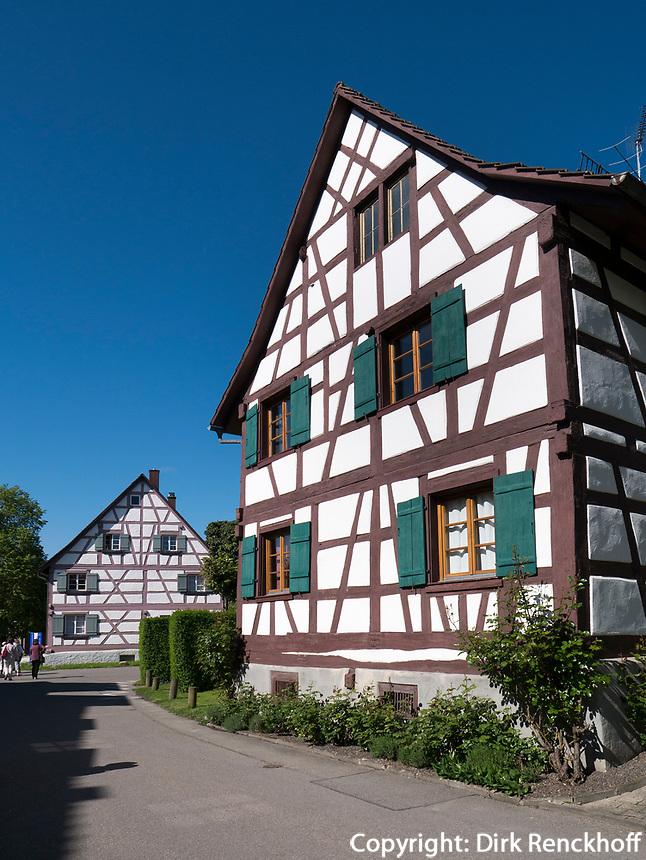 Fachwerkhäuser in Gaienhofen am Bodensee, Baden-Württemberg, Deutschland, Europa<br /> halftimberd house in Gaienhofen at lake Constance, Baden-Württemberg, Germany, Europe