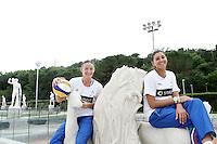 Le atlete della nazionale italiana di Beach Volley Marta Menegatti, a sinistra, e Greta Cicolari, posano a Roma, 31 maggio 2011, in occasione della presentazione dei mondiali di Beach Volley in programma al Foro Italico dal 13 al 19 giugno..UPDATE IMAGES PRESS/Riccardo De Luca