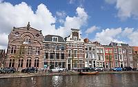 Nederland - Leiden - 2021.  Oude Singel / Oude Vest in Leiden.   Foto ANP / Hollandse Hoogte / Berlinda van Dam