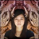 Yueting, nata in Cina, vive in Italia dal 2005.<br /> Dalla serie di ritratti ispirati a I Versi Satanici di Salman Rushdie, in rappresentanza delle principali culture spirituali del pianeta.