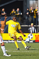 27 MARCH 2010:  Andy Iro of the Columbus Crew (6) during the Toronto FC at Columbus Crew MLS game in Columbus, Ohio on March 27, 2010.