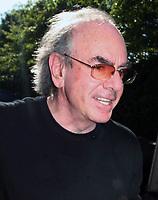 Neil Diamond, 9-14-09, Photo By John Barrett/PHOTOlink