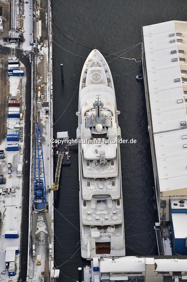 Eclipse: EUROPA, DEUTSCHLAND, HAMBURG, (EUROPE, GERMANY), 28.11.2010 Mega-Yacht, Eclipse, des russischen Milliardaers Roman Abramowitsch im Hamburger Hafen in der Werft Blohm und Voss.   Die knapp 170 Meter lange Luxusyacht soll neben einer Raketen-Abwehr auch einen Hubschrauberlandeplatz, ein Mini-U-Boot und einen Luxus-Wellnessbereich an Bord haben. 170 Metern lange die groesste Privatyacht der Welt, Deutschland, Hamburg, Schiffbau, Kai,  Unternehmen, Wirtschaft, Firma, Blohm und Voss, B u V, Hamburger, Hafen, Schiff, Schiffe, Boot, Boote, Schifffahrt, Schiffahrt, Reperatur, B&V, Luftbild, Draufsicht, Luftaufnahme, Luftansicht, Luftblick, Flugaufnahme, Flugbild, Vogelperspektive Aufwind-Luftbilder, Luftbild, Luftaufname, Luftansicht<br />c o p y r i g h t : A U F W I N D - L U F T B I L D E R . de<br />G e r t r u d - B a e u m e r - S t i e g 1 0 2, <br />2 1 0 3 5 H a m b u r g , G e r m a n y<br />P h o n e + 4 9 (0) 1 7 1 - 6 8 6 6 0 6 9 <br />E m a i l H w e i 1 @ a o l . c o m<br />w w w . a u f w i n d - l u f t b i l d e r . d e<br />K o n t o : P o s t b a n k H a m b u r g <br />B l z : 2 0 0 1 0 0 2 0 <br />K o n t o : 5 8 3 6 5 7 2 0 9<br />V e r o e f f e n t l i c h u n g  n u r  m i t  H o n o r a r  n a c h M F M, N a m e n s n e n n u n g  u n d B e l e g e x e m p l a r !