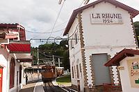 Europe/France/Aquitaine/64/Pyrénées-Atlantiques/Pays-Basque/Env de Sare: Le train pour le sommet de la Rhune - Petit train de la Rhune, un train à crémaillère qui part du col de Saint Ignace.