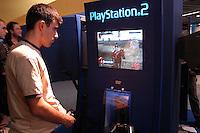 - SMAU, international exibition of electronics, computer science and technological innovation, videogame Playstation 2..- SMAU, salone internazionale dell'elettronica, informatica e innovazione tecnologica, videogiochi Playstation 2