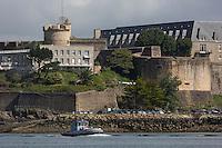 France, Bretagne, (29), Finistère, Brest:   Base Navale et Arsenal de Brest, la Rade et Château de Brest