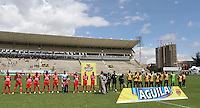 TUNJA -COLOMBIA, 01-03-2015: Jugadores de Patriotas FC y Aguilas Pereira durante los actos protocolarios previo al partido por la fecha 7 de La Liga Aguila I 2015 jugado en el estadio La Independencia de la ciudad de Tunja. / Players of Patriotas FC and Aguilas Pereira during the formal events prior a match for the 7th date of La Liga Aguila I 2015 played at La Independence stadium in Tunja. Photo: VizzorImage / Cesar Melgarejo A / Cont