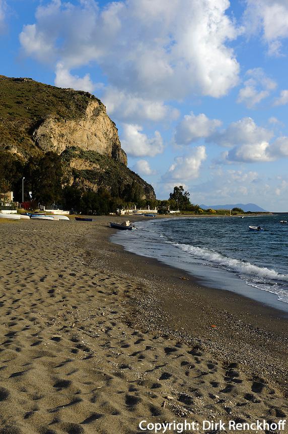 Strand von Oliveri, Sizilien, Italien