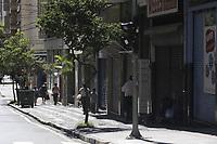 Campinas (SP), 25/03/2021 - Covid-SP - Rua Conceicao. Movimentacao na regiao central de Campinas, no interior de Sao Paulo, nesta quinta-feira (25). A cidade vai ampliar as medidas restritivas na quarentena a partir desta sexta-feira (26). Com as novas regras, sera permitido o acesso de apenas uma pessoa por familia em servicos essenciais, como supermercados e padarias, e o drive-thru sera exclusivo para alimentacao - comercio em geral podera atender somente por delivery. (Foto: Denny Cesare/Codigo 19/Codigo 19)