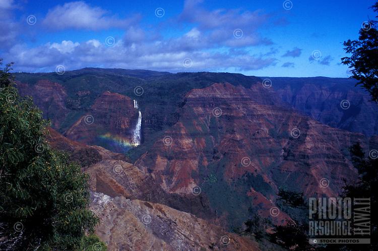 Waimea canyon with Waipoo falls and rainbow, Kauai