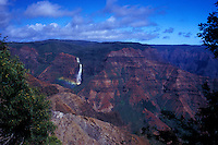 Waimea canyon with Waipoo falls and rainbow, Kauai