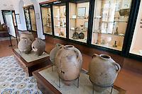 Italien, Ischia, Museum Villa Arbusto in Lacco Ameno, Amphoren 7. Jh v. Chr. aus pithekischer Nekropole