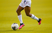 HOUSTON, TX - FEBRUARY 03: Crystal Dunn #19 of the United States moves with the ball during a game between Costa Rica and USWNT at BBVA Stadium on February 03, 2020 in Houston, Texas.