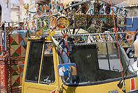 - Ape Piaggio vans painted  with typical decorations of Sicilian popular tradition in Adrano (Catania)....- furgoni Ape Piaggio dipinti con decorazioni tipiche della tradizione popolare siciliana ad Adrano (Catania)