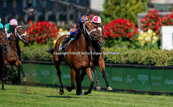September 5, 2020: Beau Recall, #6, ridden by jockey Manuel Franco, wins the Longines Churchill Distaff Turf Mile on Kentucky Derby Day. The races are being run without fans due to the coronavirus pandemic that has gripped the world and nation for much of the year, with only essential personnel, media and ownership connections allowed to attend at Churchill Downs in Louisville, Kentucky. Scott Serio/Eclipse Sportswire/CSM
