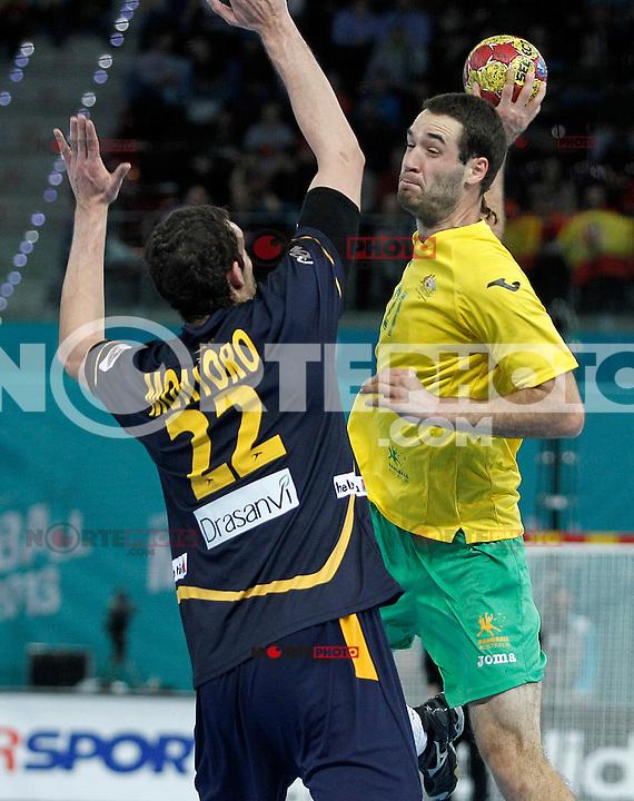 Spain's Angel Montoro Cabello (l) and Australia's Ognjen Matic during 23rd Men's Handball World Championship preliminary round match.January 15,2013. (ALTERPHOTOS/Acero) /NortePhoto
