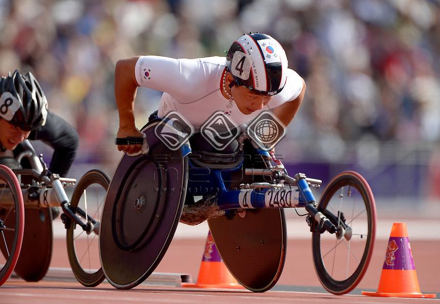 Sukman Hong (KOR)<br /> Athletics: Men's 800m T- 54<br /> Olympic Stadium (Wednesday 5  Sept)<br /> Paralympics - Summer / London 2012<br /> London England 29 Aug - 9 Sept <br /> © Sport the library / Jeff Crow