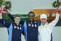 SCHAATSEN: TURIJN; 2006, Olympische Winterspelen, Poidum 1000m, Joey Cheek (USA), Shani Davis (USA), Erben Wennemars (NED), ©foto Martin de Jong