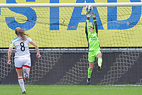 Goalkeeper Louise Van Den Bergh (1) of OHL pictured during a female soccer game between Eendracht Aalst and OHL on the 13 th matchday of the 2020 - 2021 season of Belgian Scooore Womens Super League , Saturday 6 th of February 2021  in Aalst , Belgium . PHOTO SPORTPIX.BE | SPP | STIJN AUDOOREN