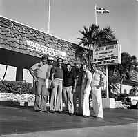 Des  joueurs des Nordiques, en Floride (date inconnue, avant 1984)<br /> <br /> <br /> Photo : Agence Quebec Presse - Roland Lachance