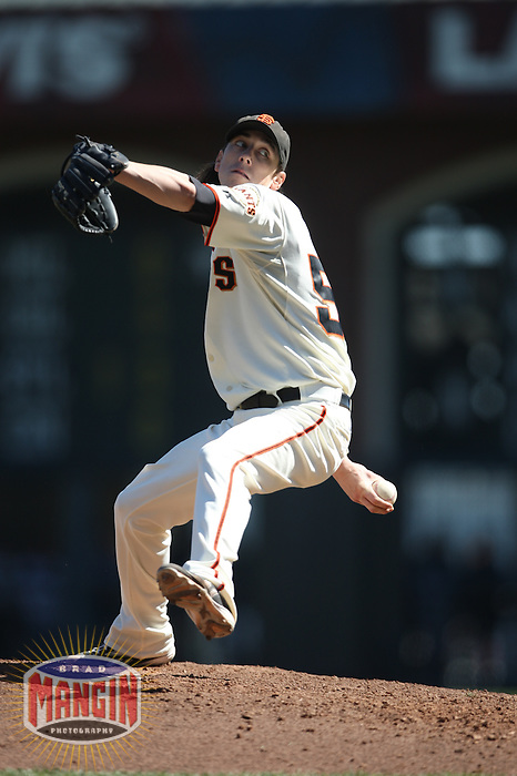 SAN FRANCISCO - OCTOBER 1:  Tim Lincecum #55 of the San Francisco Giants pitches against the Arizona Diamondbacks during the game at AT&T Park on October 1, 2009 in San Francisco, California. Photo by Brad Mangin