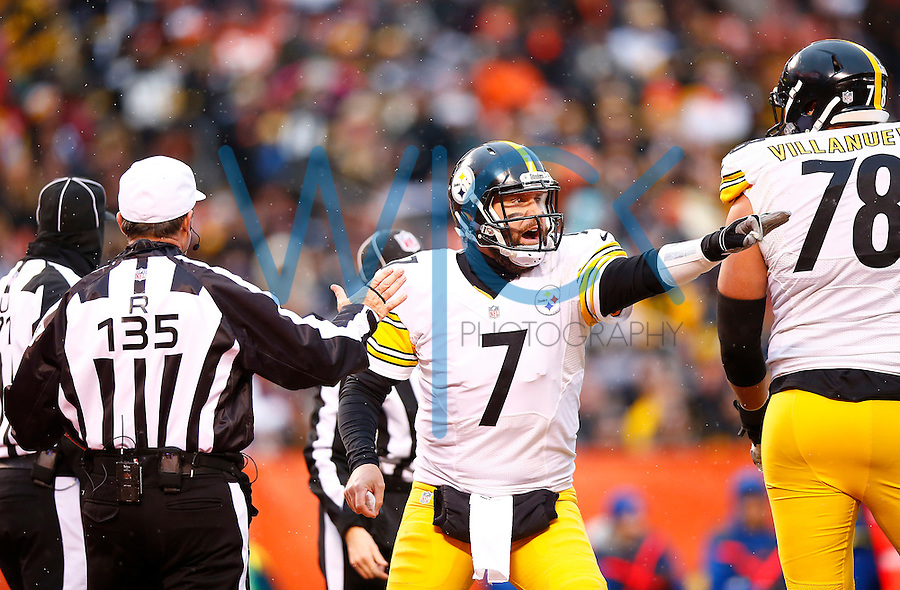 Ben Roethlisberger #7 of the Pittsburgh Steelers reacts following a penalty call against the Cleveland Browns during the game at FirstEnergy Stadium on January 3, 2016 in Cleveland, Ohio. (Photo by Jared Wickerham/DKPittsburghSports)