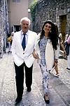 ALFREDO BINI CON LA FIGLIA ANNABELLE<br /> FESTIVAL DI SPOLETO - TERRAZZA FRAU 1988