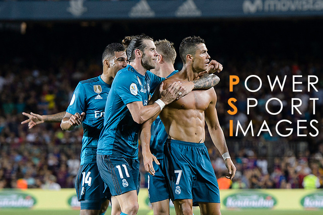 Cristiano Ronaldo of Real Madrid celebrating his score with his teammates during the Supercopa de Espana Final 1st Leg match between FC Barcelona and Real Madrid at Camp Nou on August 13, 2017 in Barcelona, Spain. Photo by Marcio Rodrigo Machado / Power Sport Images