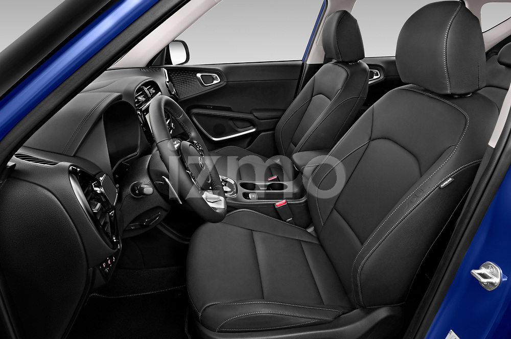 Front seat view of 2020 KIA e-Soul Premium 5 Door SUV Front Seat  car photos