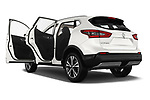 Car images close up view of a 2017 Nissan Qashqai N Connect 5 Door SUV doors