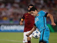 Calcio, Champions League, Gruppo E: Roma vs Barcellona. Roma, stadio Olimpico, 16 settembre 2015.<br /> FC Barcelona's Luis Suarez in action during a Champions League, Group E football match between Roma and FC Barcelona, at Rome's Olympic stadium, 16 September 2015.<br /> UPDATE IMAGES PRESS/Isabella Bonotto<br /> <br /> *** ITALY AND GERMANY OUT ***