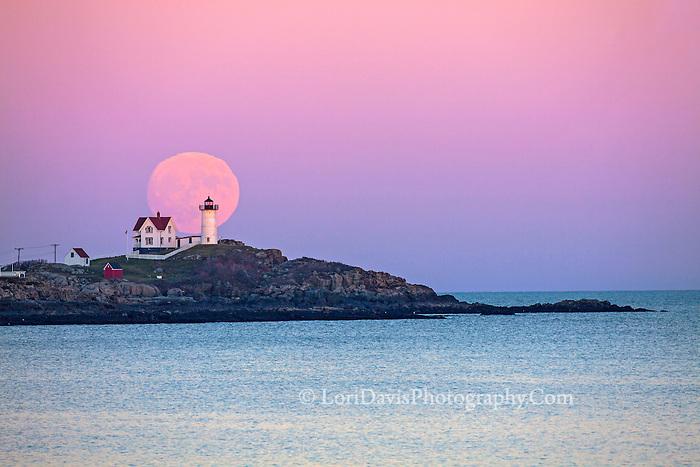 Nubble Light, super moon rising