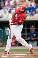 Howard, Ryan 8101.jpg. Minnesota Twins at Philadelphia Phillies. Spring Training Game. Saturday March 21st, 2009 in Clearwater, Florida. Photo by Andrew Woolley.