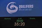 Anzeige mit Endergebnis / EHF EURO-Qualifikation / EM-Qualifikation / Handball-Laenderspiel: Deutschland - Estland am 02.05.2021 in Stuttgart (PORSCHE Arena), Baden-Wuerttemberg, Deutschland.<br /> <br /> Foto © PIX-Sportfotos *** Foto ist honorarpflichtig! *** Auf Anfrage in hoeherer Qualitaet/Aufloesung. Belegexemplar erbeten. Veroeffentlichung ausschliesslich fuer journalistisch-publizistische Zwecke. For editorial use only.