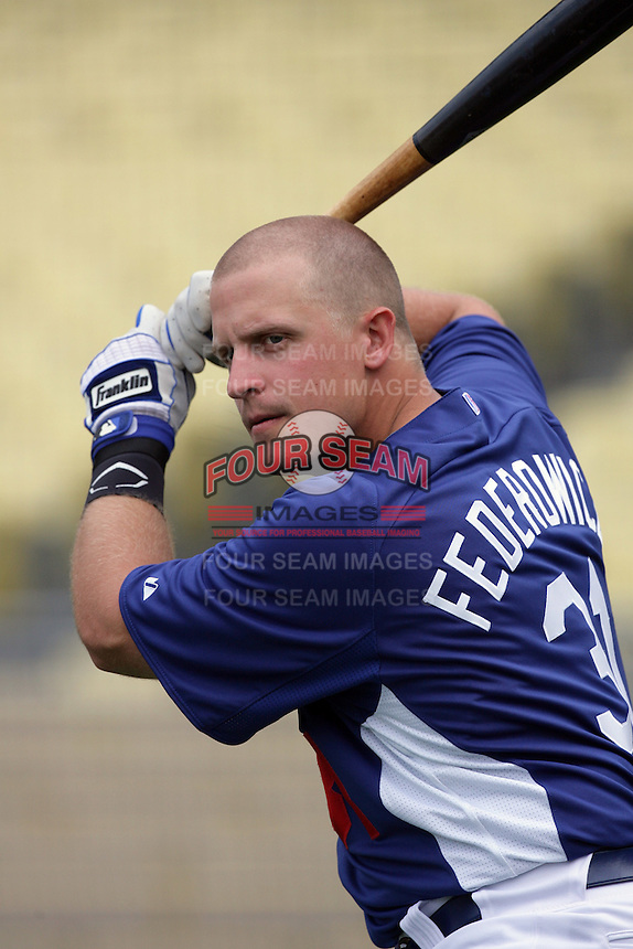 Los Angeles Dodgers catcher Tim Federowicz #31 before a game against the Arizona Diamondbacks at Dodger Stadium on September 13, 2011 in Los Angeles,California. Arizona defeated Los Angeles 5-4.(Larry Goren/Four Seam Images)