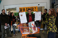 01.04.2016: Demonstration für neuen Supermarkt in  Mörfelden-Walldorf